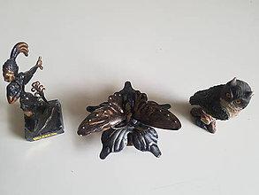 Dekorácie - kovový ornament motýľ (patina) - 9625349_