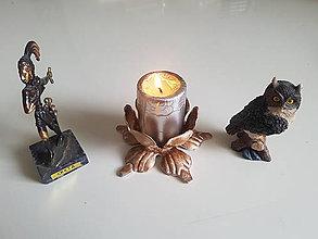 Svietidlá a sviečky - kovový svietnik (patina) - 9625386_