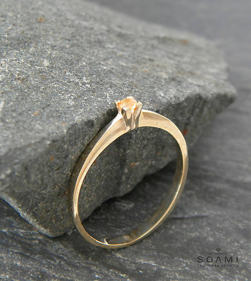 Prstene - 14k zlatý prsteň s prírodným oranžovým zafírom - 9625682_