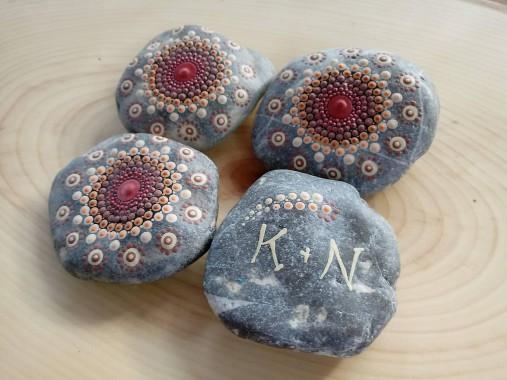 Medená mandalka s venovaním - Na kameni maľované
