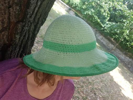 e8320c0bd Háčkovaný klobúk zelený / Klbkohranie - SAShE.sk - Handmade Čiapky
