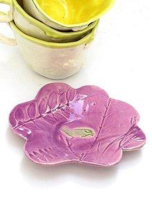 Nádoby - tanierik v tvare kvetu s vtáčikom - 9624550_