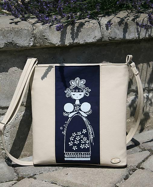 modrotlačová kabelka Madlena krémová 1