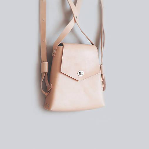 Kožený batoh, elegantný dámsky ruksak
