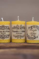 Menovka alebo darček pre svadobčanov - Sviečka točená zo 100% včelieho vosku