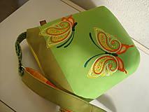Kabelky - ! ! ZĽAVA ! ! ! Limetková kabelka (s pomarančovými motýľmi) - 9635209_