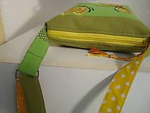 Kabelky - ! ! ZĽAVA ! ! ! Limetková kabelka (s pomarančovými motýľmi) - 9635218_