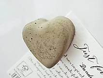 Magnetky - betónová magnetka We Heart It - 9639458_