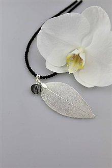 Náhrdelníky - ónyx, turmalín a lístok náhrdelník - 9639460_