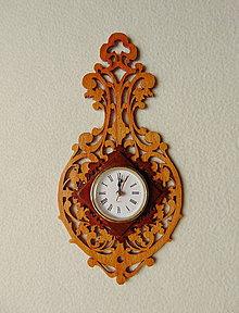 Hodiny - Vyrezávané nástenné hodiny - 9637414_