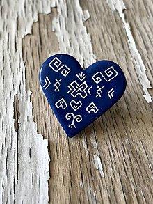 Odznaky/Brošne - ČIČMANY-maľovaná brošňa - 9638956_
