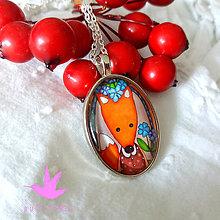 Náhrdelníky - V novej blúzke :) líštička v medailónku - 9640839_