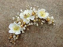 Ozdoby do vlasov - svadobná ozdoba do vlasov alebo náhrdelník - Ivory + zlatá - 9640390_