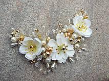 Ozdoby do vlasov - svadobná ozdoba do vlasov alebo náhrdelník - Ivory + zlatá - 9640399_