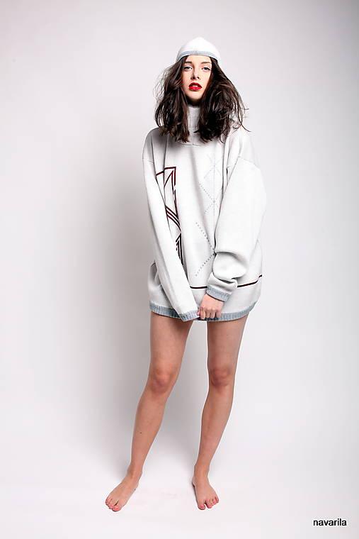 INKASO- originální pánský svetr s kapucí