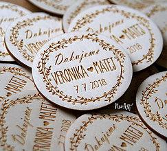 Darčeky pre svadobčanov - Svadobné magnetky venček lístkový - 9644081_