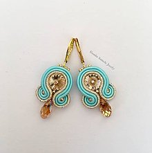 Náušnice - Ručne šité šujtášové náušnice / Soutache earrings - swarovski (Kyra - béžová/tyrkysová) - 9643496_