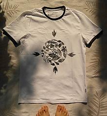 Oblečenie - Botanické tričko: k o m p a s - 9647571_
