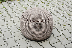 Úžitkový textil - Háčkovaný(obháčkovaný) puf - 9647610_
