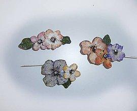 Odznaky/Brošne - romantikúšik shabby chic brošňa-rôzne druhy - 9646632_