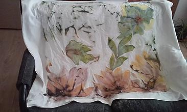 Šatky - kvety stromu - 9647223_