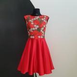 Šaty - Koktejlové šaty z hrubej krajky - 9645887_