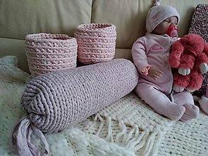 Úžitkový textil - VANKÚŠ - pletený z tričko priadze PUDROVÝ - 9645482_