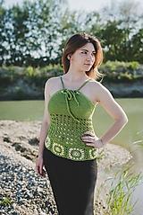 Topy - Zelený háčkovaný top - 9650837_
