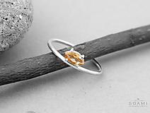 Prstene - 925/1000 strieborný prsteň s citrínom - 9657605_