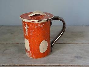 Nádoby - oranžový lístočkový hrnček s viečkom - 9656298_