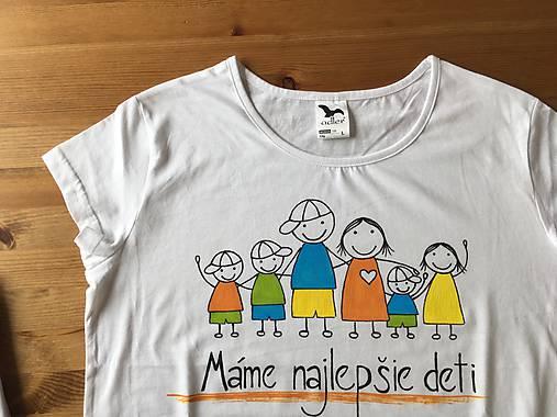 """2b3de6277fb5 Originálne maľované tričká pre celú rodinu (Dámske   pánske tričko s  nápisom """"Mame najlepšie"""
