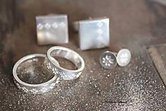 Šperky - Manžetové gombíky s folklórnym vzorom (Čičmany vločka) - 9656357_