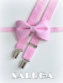 Doplnky - Pánsky svetlý ružový motýlik na biele bodky + traky bodkované - set - 9662088_