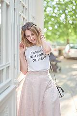 Luxusná ružová sukňa
