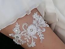 Bielizeň/Plavky - Luxusný svadobný podväzok krajka, štras - 9661109_