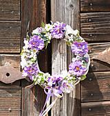 Dekorácie - Venček na dvere s irismi - 9663930_