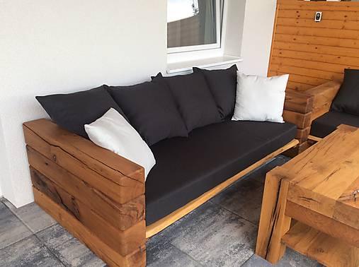 Nábytok - Sedačky so starého duba s konferečným stolíkom  - 9663657_