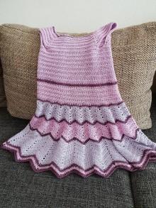 Detské oblečenie - Dievčenské hačkované šaty - 9665340_