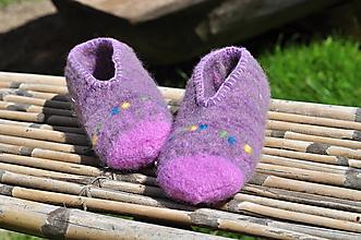 Obuv - fialka-plstené papuče - 9666080_