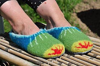 Obuv - farbičky-plstené papuče podšité filcom - 9666081_
