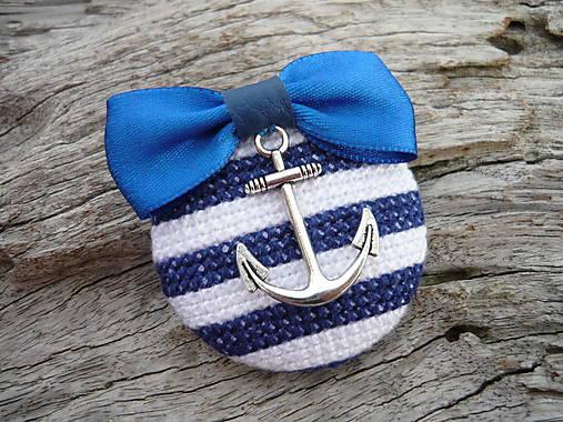 ZĽAVA - VÝPREDAJ :) Brošňa Námornícka prúžkovaná modro-biela s kotvou