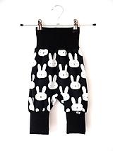 Detské oblečenie - Turecké nohavice králiky čierná - 9666861_