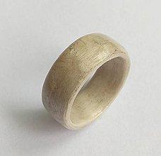 Prstene - Drevený prsteň- korenica šedá - 9666212_