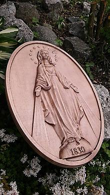 Dekorácie - Drevorezba Zázračná medaila - 9671173_