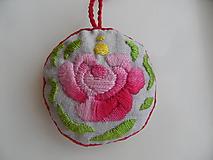 Dekorácie - okrúhly vankúšik s vôňou ruže - 9670839_