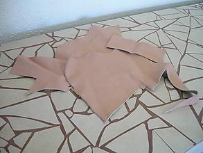 Suroviny - Koža svetlo ružová farbená- odrezky, dopredaj - 9672539_