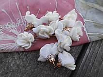 Mini kvietočky, strapce - pár (Biela semiš)