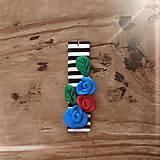 Náhrdelníky - FIMO prívesok Na čiernobielom - 9674557_