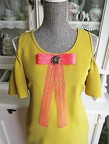 Odznaky/Brošne - Mašľa Arabela - brošňa oranžová, hnedá ruža - 9675734_
