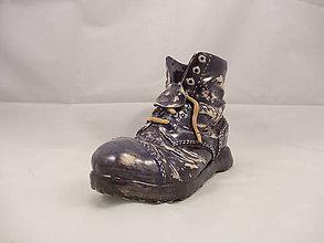 Dekorácie - Topánka Martens (stojan na perá, stojan na štetce, ťažítko, kvetináč) (Čierna) - 9676023_